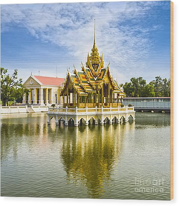 Bang Pa In Palace Thailand Wood Print by Colin and Linda McKie