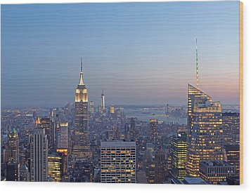 Bank Of America And Empire State Building Wood Print by Juergen Roth