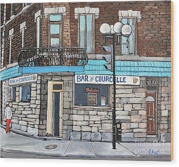 Bar De Courcelle St-henri Wood Print by Reb Frost