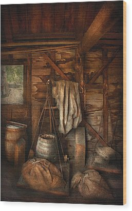 Bar - Weighing The Hops Wood Print by Mike Savad