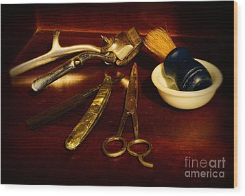Barber - Things In A Barber Shop Wood Print by Paul Ward