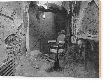 Prison Barbershop In Bw Wood Print