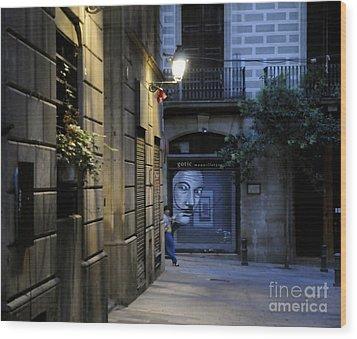Barcelona Graffiti Wood Print by Louise Fahy