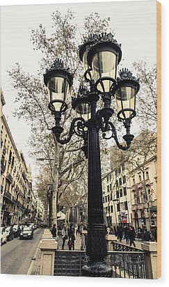 Barcelona - La Rambla Wood Print by Andrea Mazzocchetti