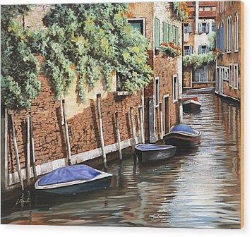 Barche A Venezia Wood Print by Guido Borelli