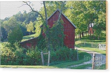 Barn At Piney River Wood Print