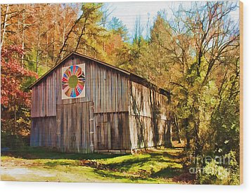 Barn At Red River Gorge Wood Print by Lena Auxier