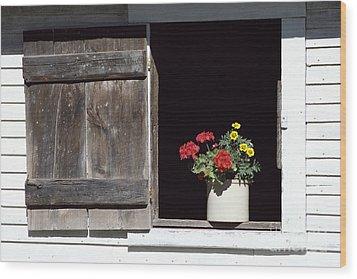 Barn Window Flowers Wood Print by Alan L Graham
