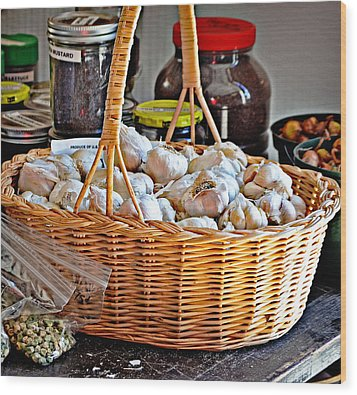 Basket Of Garlic Wood Print