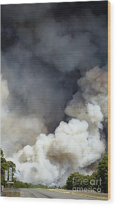 Bastrop Wildfire Crosses Hwy 71 Wood Print