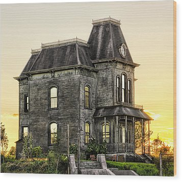 Bates Motel Haunted House Wood Print by Paul W Sharpe Aka Wizard of Wonders