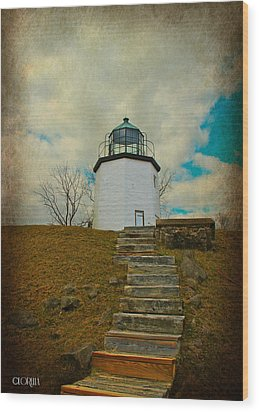 Battlefield Lighthouse  Wood Print