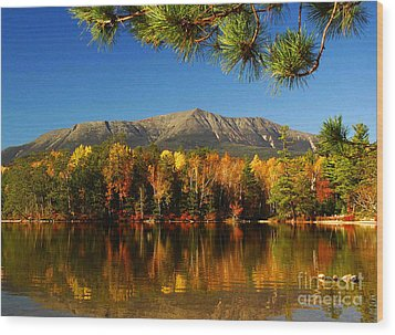 Baxter Fall Reflections  Wood Print by Alana Ranney