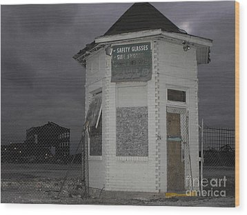 Bay City American Hoist Guard House Wood Print