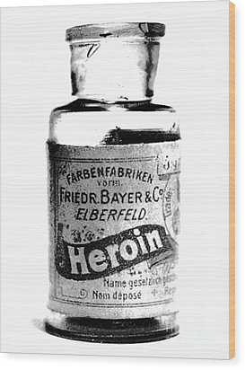 Bayer Company Sells Heroin Around 1900 Wood Print