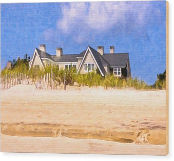 Beach House In The Hamptons Wood Print by Mark E Tisdale