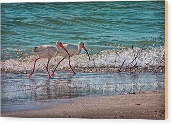 Beach Jogging In Twos Wood Print