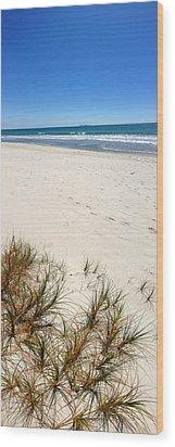 Beach Wood Print by Les Cunliffe