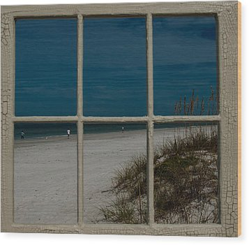 Beach Lookout Wood Print by Randy Sylvia