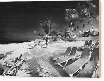 Beach Lounging Wood Print by John Rizzuto