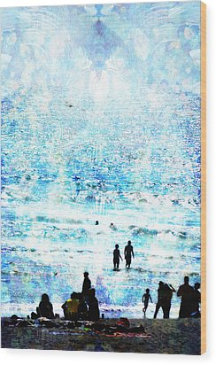 Beach Scene Expressions Wood Print by John Fish