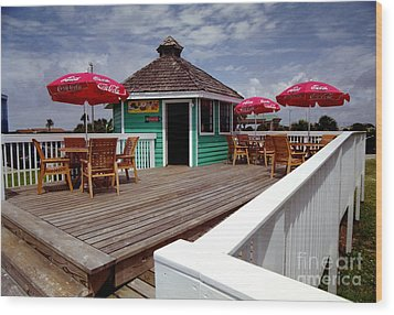 Wood Print featuring the photograph Beach Shop by Tom Brickhouse