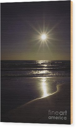Beach Sun 2 Wood Print by Walt Foegelle