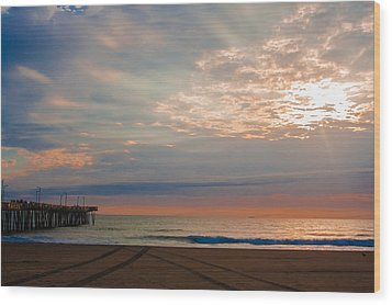 Beach Sunrise Surprise Wood Print