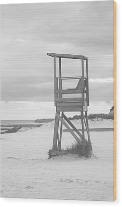 Beach Throne Harwich Ma Bw I Wood Print by Suzanne Powers