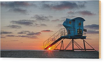 Beach Tower Wide Screen Wood Print by Peter Tellone