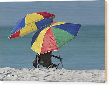 Beach Umbrellas Wood Print by Gerald Marella