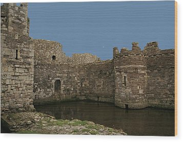 Wood Print featuring the photograph Beamaris Castle by Christopher Rowlands