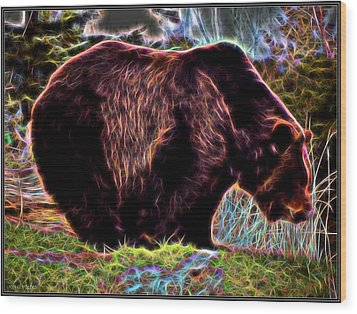 Colorful Grizzly Wood Print