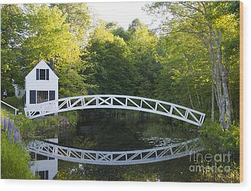 Beautiful Curved Bridge In Somesville Wood Print by Bill Bachmann