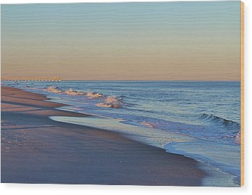 Beautiful Ocean In Nc Wood Print by Cynthia Guinn