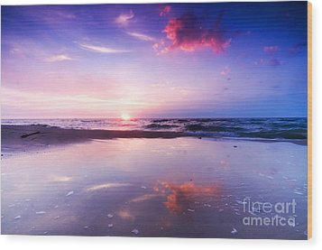 Beautiful Sea Sunrise Wood Print by Michal Bednarek