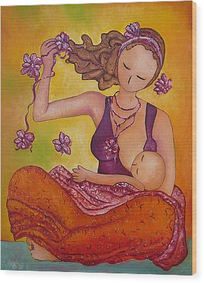 Beautiful Sitting Mama Breastfeeding Wood Print
