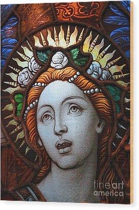 Beauty In Glass Wood Print by Ed Weidman
