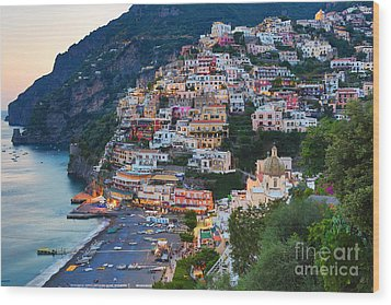 Beauty Of The Amalfi Coast  Wood Print by Leslie Leda