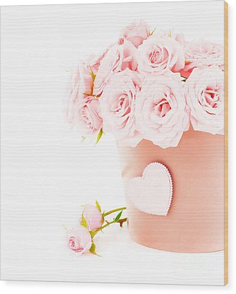 Beauty Pink Roses Wood Print by Boon Mee