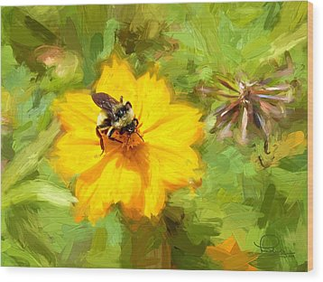Bee On Flower Painting Wood Print by Ludwig Keck