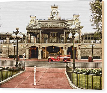 Before The Gates Open The Magic Kingdom Train Station Wood Print by Thomas Woolworth