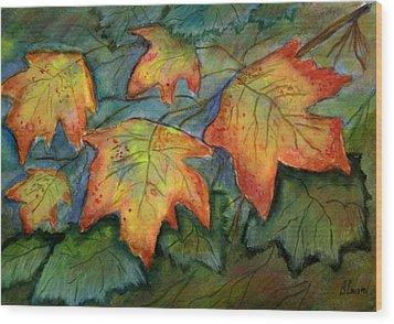 Beginning Fall  Leaves Wood Print by Belinda Lawson