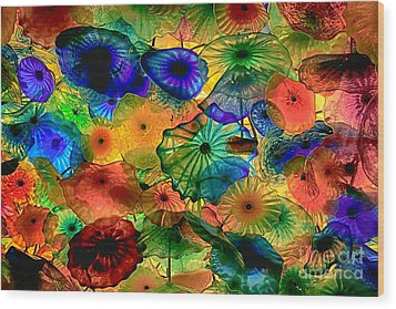 Bellagio Flowers Wood Print