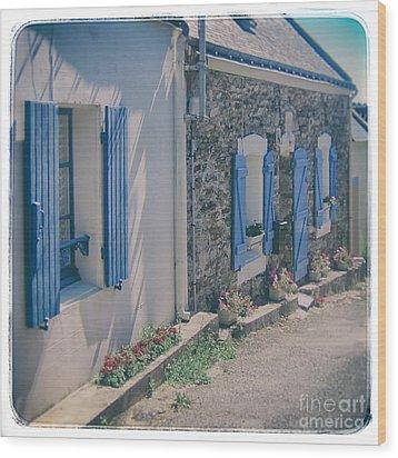 Belle-ille Street Wood Print