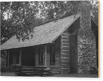 Wood Print featuring the photograph Belle Meade Log Cabin by Robert Hebert