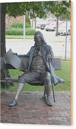 Ben Franklin Statue Wood Print