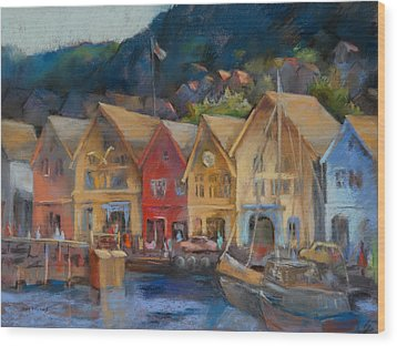 Bergen Bryggen In The Early Morning Wood Print
