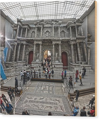 Berlin - Pergamon Museum - No.05 Wood Print by Gregory Dyer