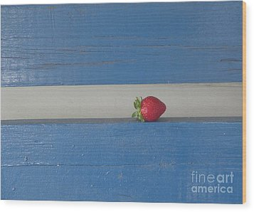 Berry Blues Wood Print by Christina Verdgeline